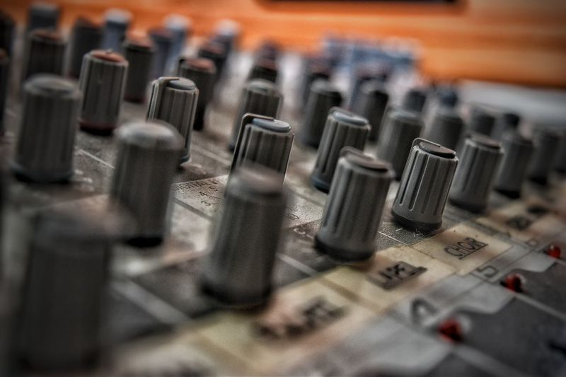 G Knobs Lines Out Of Focus Row Sound Board Pattern Pieces
