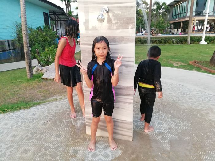 Children enjoy on summer trip 2019,หาดเจ้าหลาว Achi2019 Childhood Child Boys Full Length Females Women Girls Architecture Family Building Exterior Real People Males  Togetherness Leisure Activity Casual Clothing Emotion Lifestyles Built Structure Day Innocence Sister Outdoors