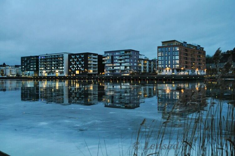 Water Reflections Streamzoofamily Water_collection Lake Sweden Architecture Reflection_collection Twilight StreamzooVille City Lights Winter_collection Cold Winter ❄⛄ Hammarby Sjöstad