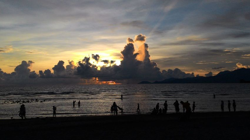 View at the beachfront Sunset Silhouette Landscape Cloud - Sky Sun Sky Nature Beach Water Outdoors Sea Beauty In Nature Vacations Beach Photography Sunset And Clouds Silhouette Bataan Philippines Travelphotography Travelgram Travel Travel Destinations BataanBeach