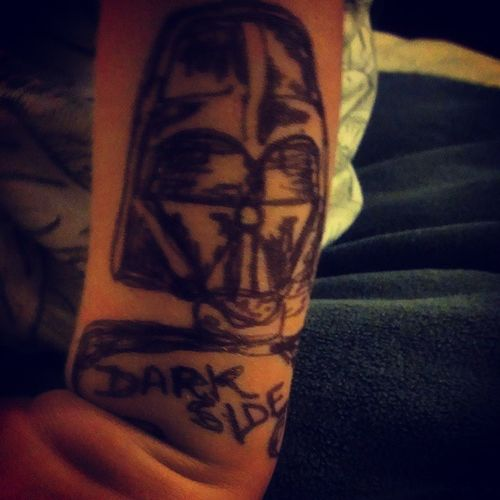 I love how the kids come to me when mom is asleep to ask for tattoos...of course sweetie, LeaLea will draw whatever you want. Lol.. Welcometothedarkside Darthvader BadAssKidsWithTattoos TattedKidsAreCooler StarWars