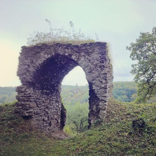 Nature Clear Sky Day Sky Growth Tranquility Outdoors Arch No People Tree Scenics Tranquil Scene Natural Arch Grass Beauty In Nature Architecture Castle Medieval Architecture Medieval Castle Medieval Wall Germany🇩🇪 Questenberg