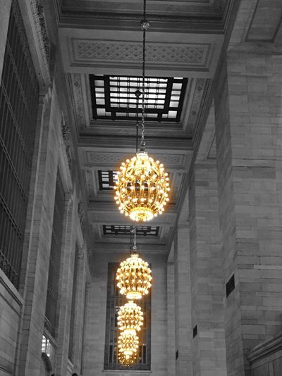 Grand Central Station New York Lamp Lampadaire Lampadairophile Railway Station Manhattan Grey And Color Light Bulb