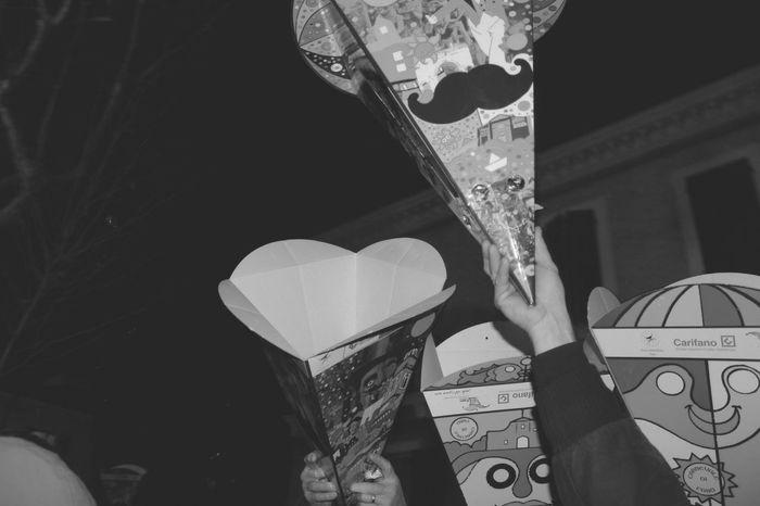 Aspettando le caramelle.... Carneval Carnevale Carnival Carnaval Blackandwhite Black And White Black & White Candy Caramelle Prendicaramelle