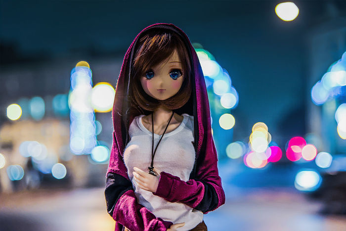 Doll Artificial Illumination Bjd Bokeh City Focus On Foreground Illuminated Looking At Camera Night Outdoors Portrait Toy