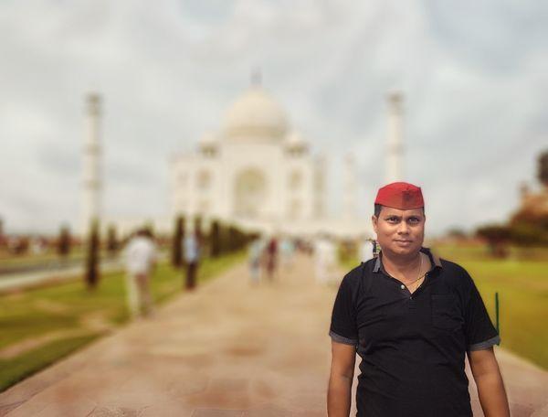 Pintu Patna Politician Tajmahal India Tajmahal Agra India. White Color Marbledstone