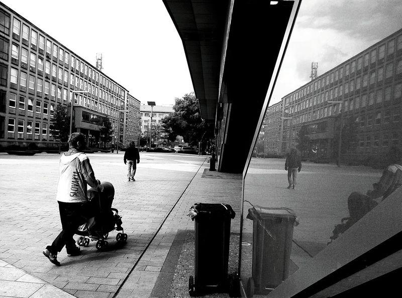 Bratislava City! Rtislav City Life Black & White