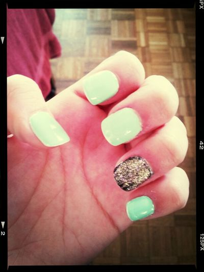 Todays nails Hands Nails Big Money Mint Outer Space Black Gold Glitter