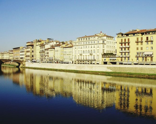 Firenze Fiume Arno Riflessi Riflessi Sull'acqua Beautiful Places Reflection_collection