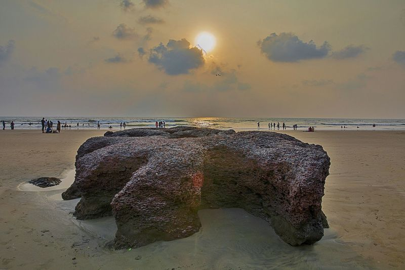 SunSet This is the famous Ashvem Beach, Goa. It is one of the best kept secrets of North Goa. This beach offer delightful ocean vistas and nature made rocks with interesting shapes. It is known for its beauty and solitude. EyeEm EyeEm Best Edits EyeEm Best Shots EyeEm Best Shots - Nature EyeEm Masterclass EyeEm Nature Lover EyeEm Selects EyeEm Gallery EyeEmBestPics EyeEmNewHere F/∞ SohilLaadPhotography Beach Beauty In Nature Eyeem Market Eyeemphotography Horizon Over Water Sea Shuttercrazy Sohillaad Sunset Tranquility