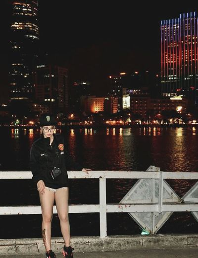 I always standing alone, walking alone 😁 and I like it 😚😚 That's Me Young Wild N Free Colorful Life Night View