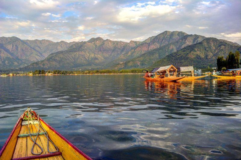 Dal Lake , Srinagar ,Kashmir. First Eyeem Photo India_clicks Kashmir , India Beginnerphotographer Dal Lake Lake View Shikara Boat Boat_and_hills