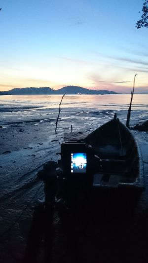 Behind the scene Taking Photos Hanging Out Check This Out That's Me Hello World Relaxing Enjoying Life Beach Sunny Day Vacation Twilight Nature Beautiful Scenery Passionate Holiday Blue Sky Enjoying Life Hi! Hello World That's Me Relaxing Taking Photos Scene View
