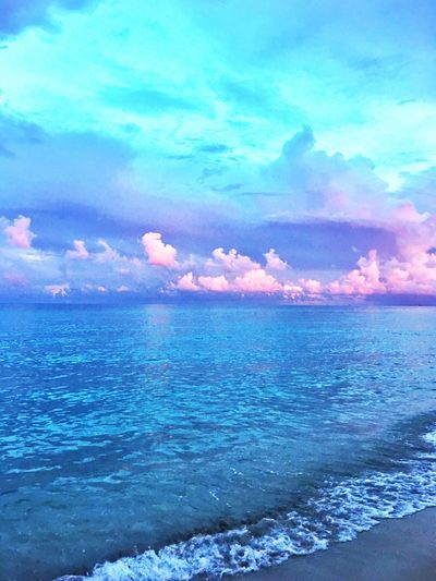 Sunset at the beach Sea Water Scenics Tranquil Scene Seascape Beauty In Nature Tranquility Sky Horizon Over Water Nature Cloud Calm Beach