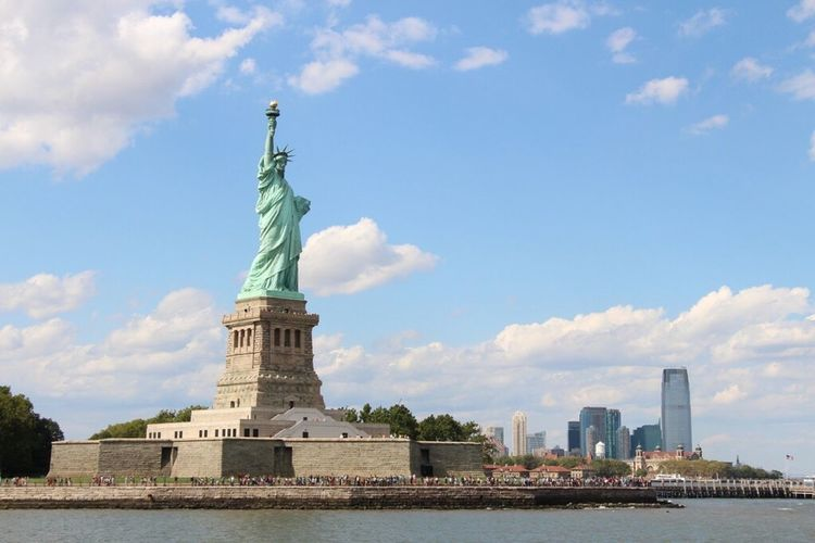 Statue Statue Of Liberty New York City Cloud - Sky Travel Destinations Architecture
