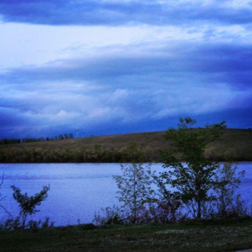 As the clouds slowly start to dissipate, you start recalling the warmth of sun again. Yqr SK  Nature Sky lake twilight clouds cloudporn skylovers mothernature ladd00 reginask wascana canada explorecanada travelcanada prairielife prairies prairieskies landoflivingskies Saskatchewan sask exploresask