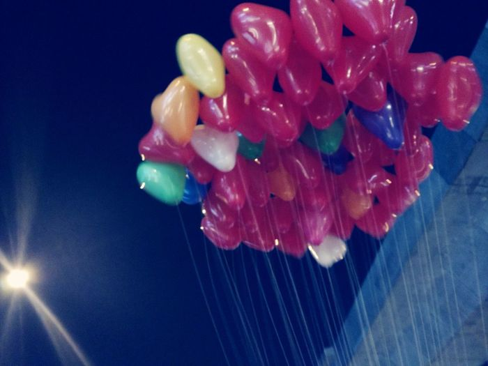 Balloons Balloons In The Sky Balloonart Multi Colored Blue Close-up Entertainment Prepared Food Blooming