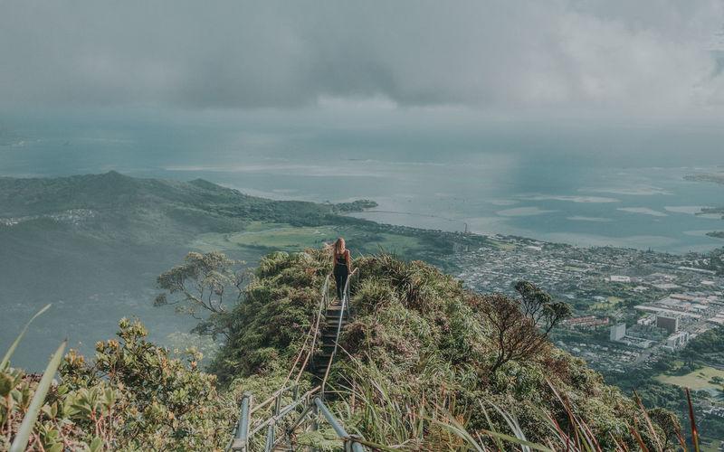Haiku stairs, oahu hawaii