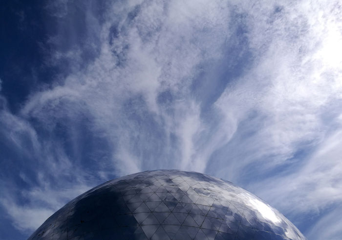 Arc Ball Blue Clouds Dome Finland Halfball Halfsphere Heijastus Kaari Kolmiot Kupoli No People Pallo Pilvet Puolipallo Reflection Sininen Sky Sphere Suomi Taivas Tiedekeskus Heureka Tikkurila Triangles