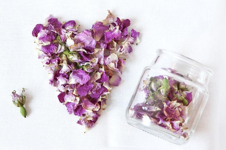 Rosehip / Шиповник Petals Heart Rosehips Dry Dogrose Wild Roses Flowers Herbs Nature сердце сердечко шиповник лепестки цветки Природа