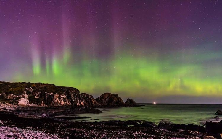 Welcoming 2016 with Lady Aurora.... Hanging Out Hello World Scotlandsbeauty Scotland 💕 Aberdeenshire Nikonphotography Taking Photos VisitScotland Aberdeen,Scotland Aurora Borealis New Year Around The World New Year 2016 Auroraborealis Northern Lights Northernlightsphotos Northern Lights Scotland Bestshot Hogmanay 2016😍