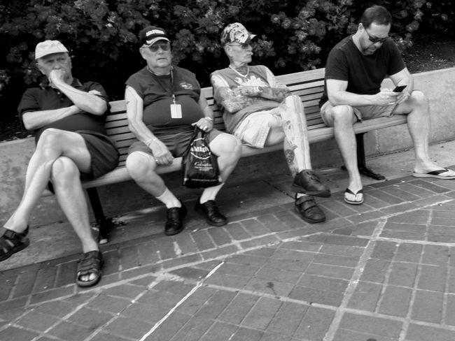 People Watching IPhoneography Blackandwhite Streetphoto_bw