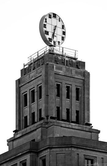 Architecture Barcelona Blackandwhite Building Exterior Built Structure City Clock No People Plaza De Catalunya Sky