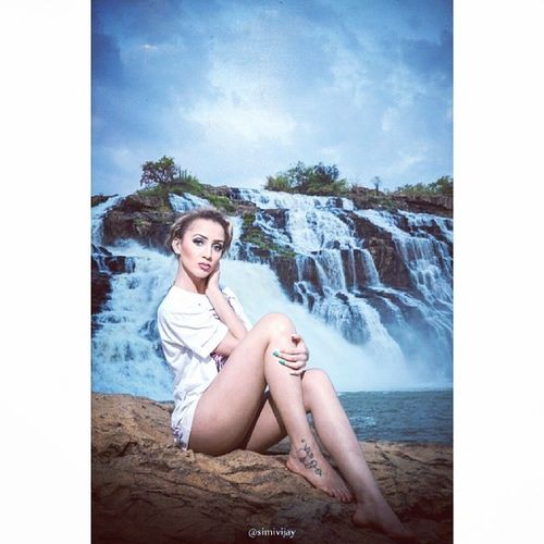 Naked Waterfalls Gurara Simivijay eve photography assited - @ademolaniran mua - @bookielavida model - @kissesxoxohugs_ eventful evening nigeria niger state nature beautiful country
