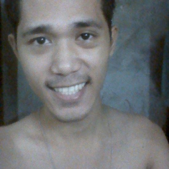 Good Morning Selfie! PS: Bear with me. =D Beard Eyebags Nofilter Noedit