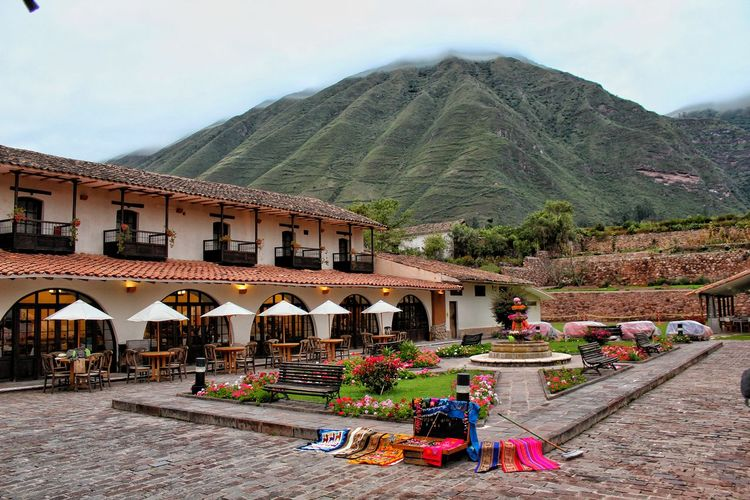 Pousada del Inca yucay Pousada  Mountain Tree Sky Architecture Building Exterior