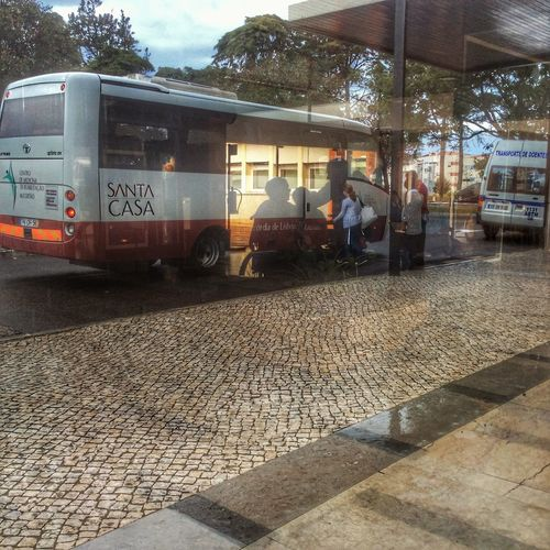 End of the workday Photooftheday Windows Cascais E Estoril EyeEm Best Shots Portugal Documentary Docsaude Bus Photo Peoplephotography