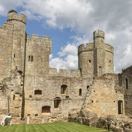 Architecture History Old Ruin Ancient The Past Built Structure Old Cloud - Sky Castle Castles Ruins Bodiam Castle English History Tourism Old Buildings Medieval Architecture