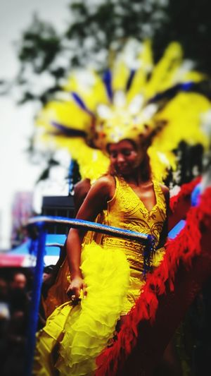People Carnaval2017 Real People Focus On Foreground Close-up Beautiful Dress  Yellow Enjoying Dancing Rotterdam, Netherland 😍 The Week On EyeEm Paint The Town Yellow Happiness Colour Your Horizn