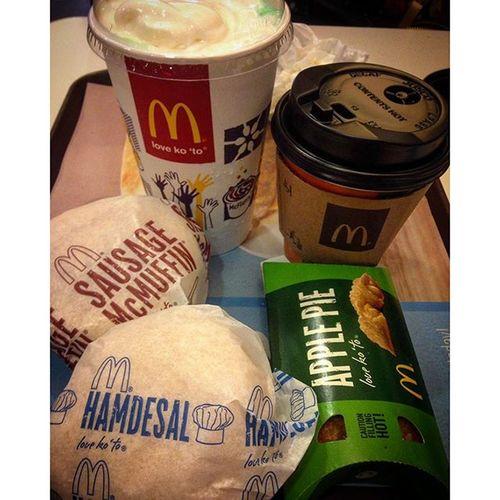 09/23/2015 Breakfast Hindiakogutom ImNotHungry Coffee greenapplesoda sausagemcmuffin hamdesal applepie happymeal