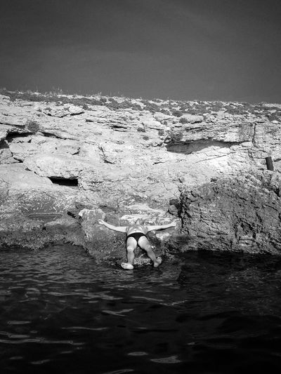 """""""se détendre"""" Series of a street photography project that focusing on the Maltese people. Blackandwhite Vacation Trip Vacations Holiday Streetphotography Maltaphotography Malta People Street Black & White Blackandwhite Photography Project Old People Water Backgrounds Full Frame Sea Sky Close-up Calm Wave Ocean Countryside"""