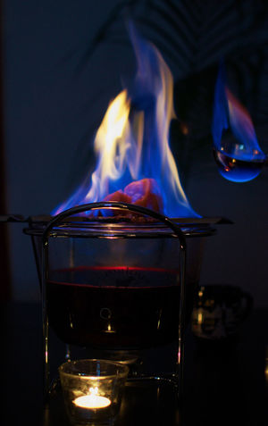 Heat - Temperature Flame Burning Fire Feuer Feuer Und Flamme Feuerzangenbowle Kerze Candle Teelicht No People