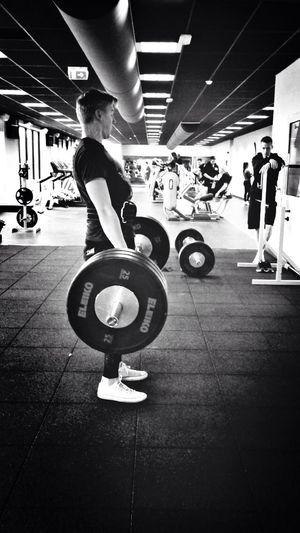 Deadlifts Gym Workout 390lbs
