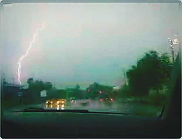Lightning Strike Inverness Florida Lightning And Thunder Rain Traffic Amazing
