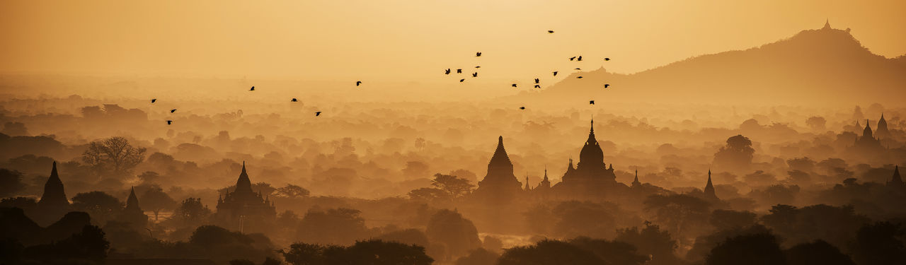 Taken in Bagan, Myanmar Architecture Architecture ASIA Birds Burma City City Dawn Dusk Fog Foggy Morning History Landscape Mountains Myanmar Nature Nature Nature Photography No People Paisaje Panorama Sunrise Sunset Travel Travel Destinations