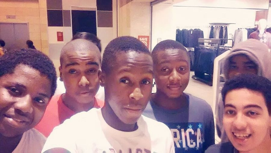 Squad Mall Friends
