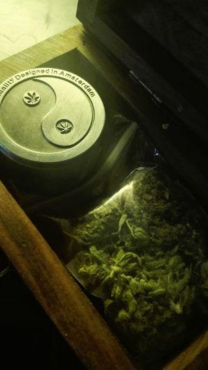 La caja Box Grass Marijuana Marihuana MariHuana! ;) Yerba Tuja