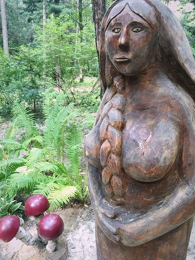 Wood Art Wooden Woman Russian Woman Mushrooms Park Wood Sculpture Sculpture Body Curves  Park Sculpture Kiev Looking At Camera