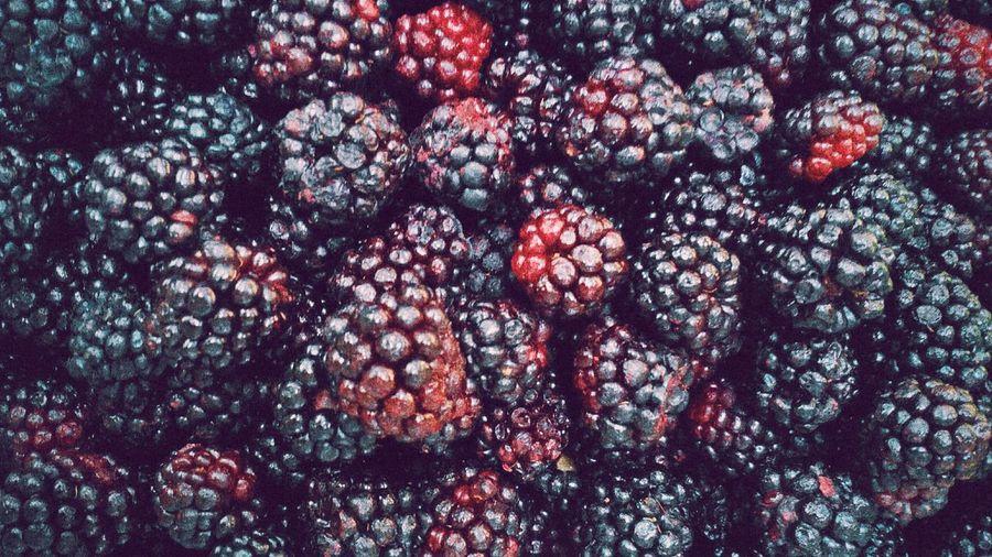 Full frame shot of fresh blackberries