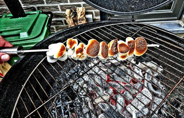 Mashmallow in belhium...Mashmallow Barbecue Barbecue Grill Barbecuetime Barbecue !