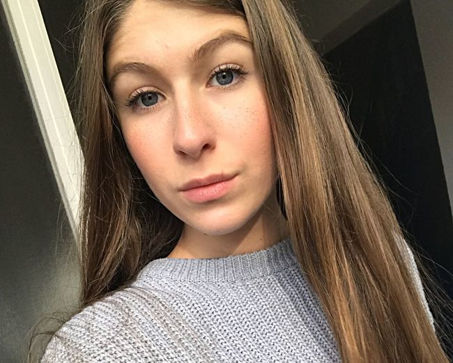 I took this photo on a sunny day. 🌞 Longlashes Confidence  Natural Beauty Freckles Selfie ✌ Woman Dark Blonde Brunette Long Hair Makeup Skin Blue Eyes Sunlight Sunny Women Girl Teen EyeEm Selects Looking At Camera Portrait One Person Long Hair People Beauty One Young Woman Only Beautiful People Day Young Women One Woman Only EyeEmNewHere
