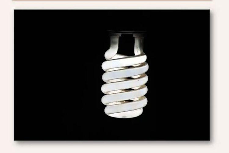 (Просто посмотри на эту лампочку и представь что тебя ждет через10 или 20 лет ) Just look at that light bulb and imagine what awaits you after 10 or 20 years Night City Life Just Looking