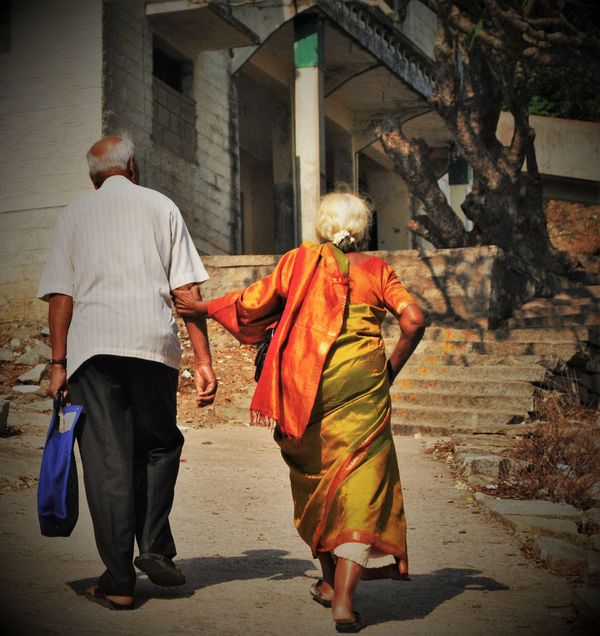 love gives u strength to keep going...Ageless Beauty Architecture Backpack Casual Clothing City Day Full Length Holding Hands Indian Indian Culture  Love Love ♥ Old Age People Old Couple Old Couple Holding Hands Outdoors Saree Walking Family Family Walks Together Forever Strenght On The Way People Together Dramatic Angles Women Around The World EyeEm Diversity EyeEm Selects Investing In Quality Of Life Breathing Space The Week On EyeEm Done That. Perspectives On People See The Light EyeEm Ready   Love Is Love A New Beginning