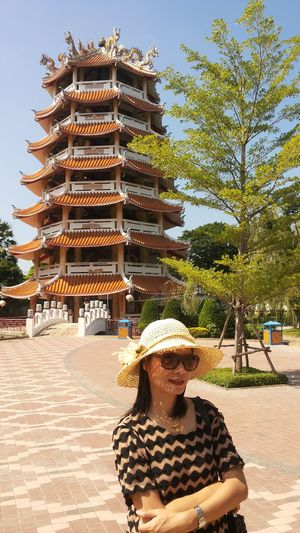 Bell Tower Chinese Culture Art Travel Tree Young Women City Happiness Women Sky Architecture Building Exterior Sun Hat Place Of Worship Visiting Temple - Building Religion