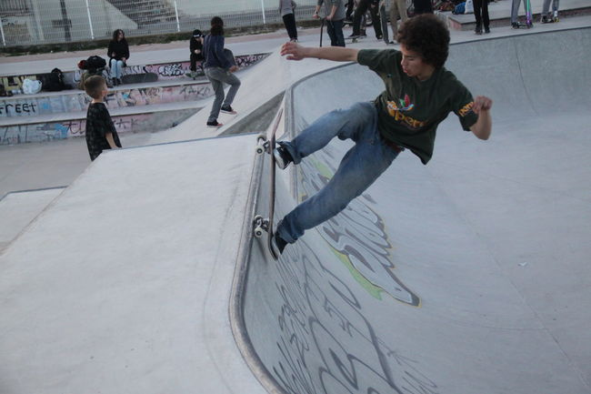 Athlete Competition Competitive Sport Determination Expertise Extreme Sports Full Length Leisure Activity Lifestyles Motion People Practicing Real People Recreational Pursuit Skate Skate Life Skateboard Park Skateboarding Skateday Skatelife Skatepark Skating Skill  Sport Teenager