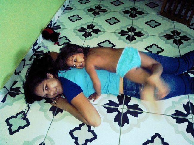 #irmã #ciumenta #implicante #naoconsegueficarlonge #amo #muito #essa #princesa <3